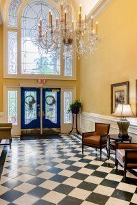 Charter Senior Living of Buford Image Gallery - Foyer